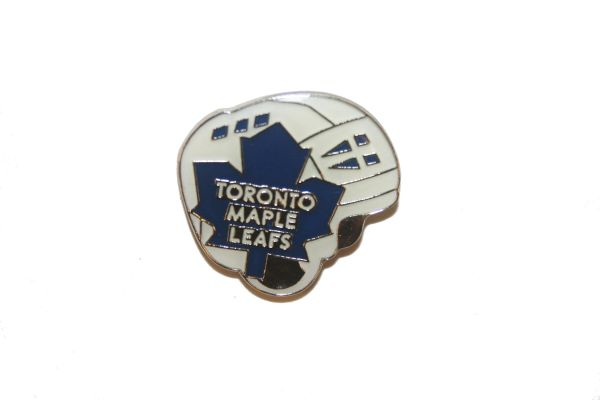 TORONTO MAPLE LEAFS - HELMET NHL LOGO METAL LAPEL PIN BADGE .. NEW AND IN A PACKAGE