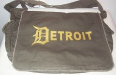 Detroit Messenger Bag - Khaki Green (OS)