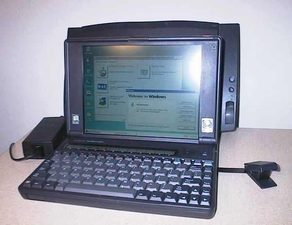 HP OmniBook 800CT 5/166 Mini Laptop with Silent SSD Windows 95