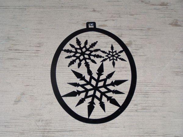 Snowflake Welcome Door Hanger