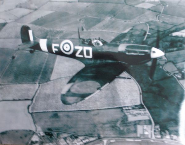 Supermarine Spitfire In Flight Photo PHO-0110