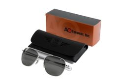 AO Eyewear Original Pilot Aviator Sunglasses, New w/case, in box, Silver OPT-0301