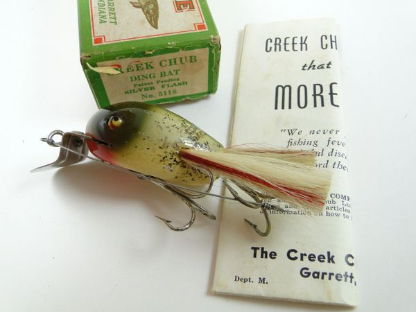 Creek Chub 5118 Dingbat Silver Flash Label Box + Catalog!