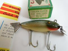 Creek Chub Deluxe Wagtail Chub in Chub Finish Model. 800 EX IN BOX with Catalog.