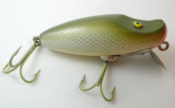 Paw Paw River Runt model 9100 Silver Scale Early Wood Lure New without Box NICE!!!