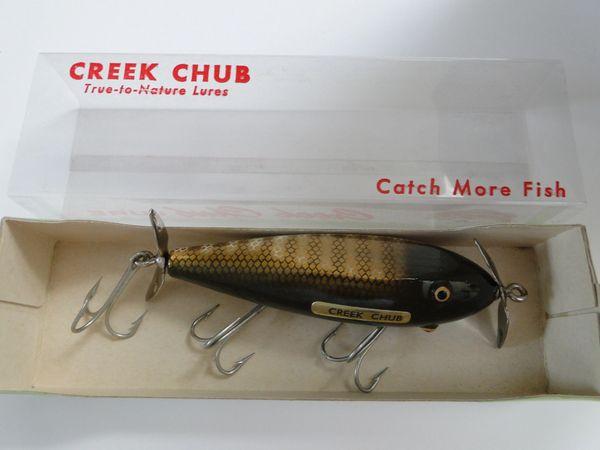 Creek Chub 1500 Injured Minnow NEW OLD STOCK in Box