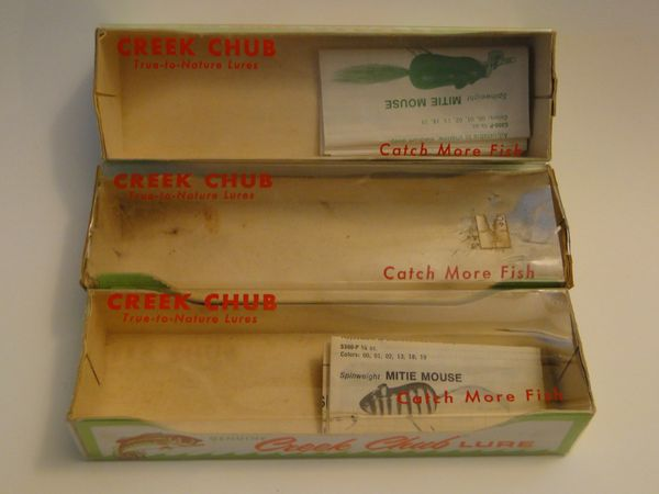 Creek Chub Boxes Plus 2 Catalogs One is for a 2639 DD Box