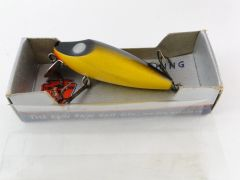 Paw Paw Fishing Lure NEW IN BOX Unusual Painted Eyes No. 807