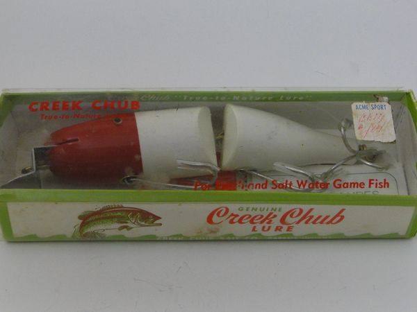 Creek Chub Striper Pikie 6802 in RED WHITE NEW IN BOX
