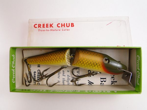 Creek Chub Jointed Pikie New in Box GOLDEN SHINER 2604