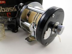 ABU Garcia Ambassadeur 5000C NEW IN BOX with parts, papers, oil bottle