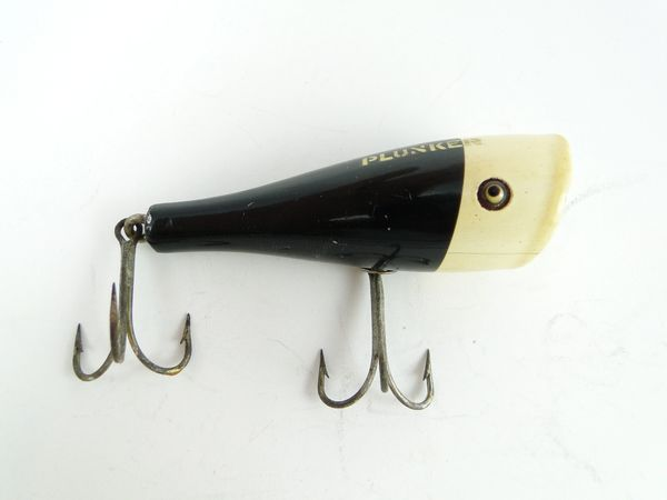 Creek Chub 3200 Special Order White Black Head Plunker with Military Stencil RARE!