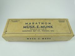 Marathon Musk E Munk fishing Lure RED YELLOW in BOX 495 MUSKIE