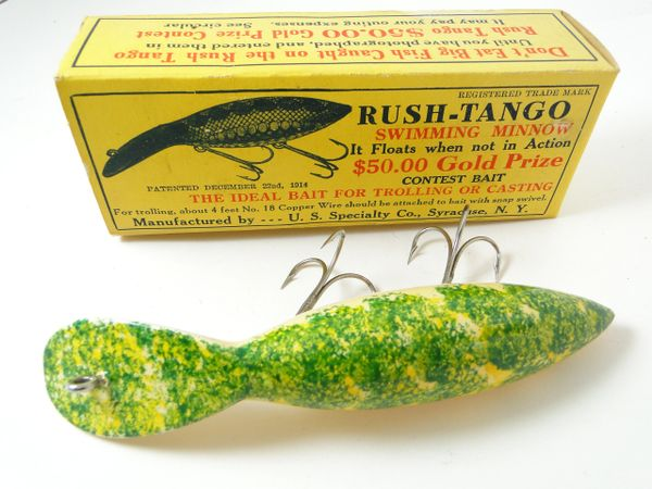 Rush Tango Mottled Green Finish Wood Fishing Lure in Box!