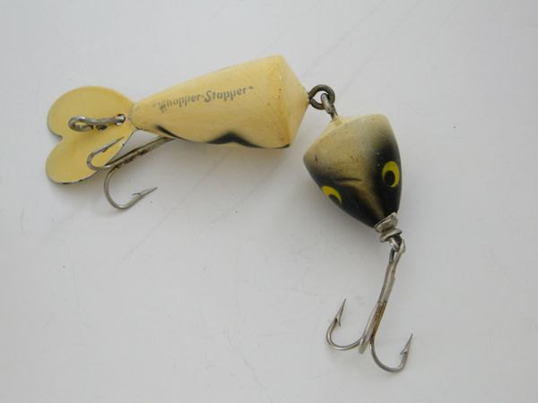"Whopper Stopper Jointed Fishing Lure 4"" model"