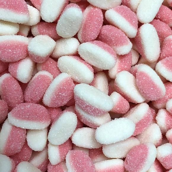 Strawberry Puffs HMC Approved Halal Sweets