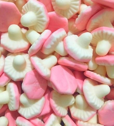 Giant Strawberry Mushrooms HMC Approved Halal Sweets