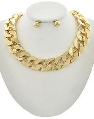 Women's Gold Tone Metal Chain Necklace Set