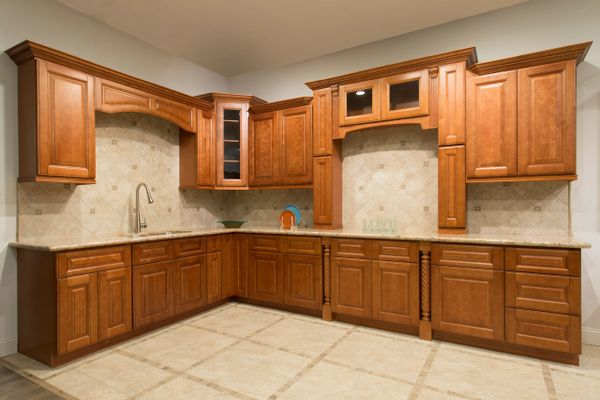 Maple Mocha Kitchen Cabinets (Call or Email for Pricing! )