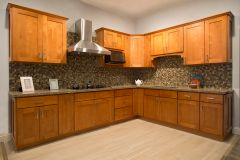 Honey Shaker Kitchen Cabinets (Call or Email for Pricing! )