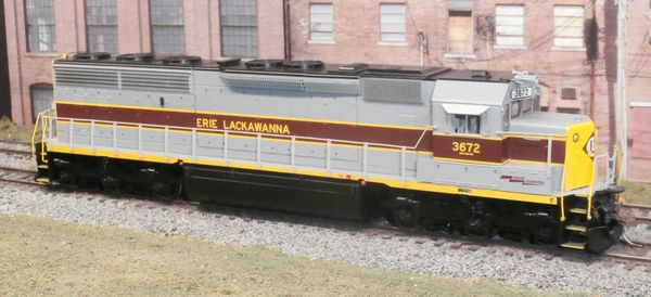 ATHEARN GENESIS HO ERIE LACKAWANNA #3672 EMD SD45-2 LOKSOUND 5 DCC TDS SPEAKERS