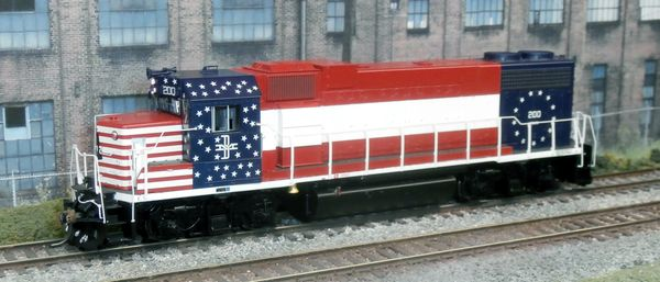ATHEARN GENESIS HO BOSTON & MAINE #200 BICENTENNIAL GP38-2 LOKSOUND 5 DCC TDS SPEAKERS
