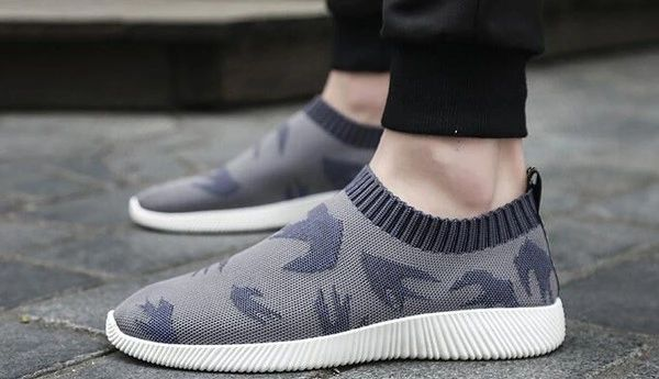 Round Toe Slip On Casual Men Shoes