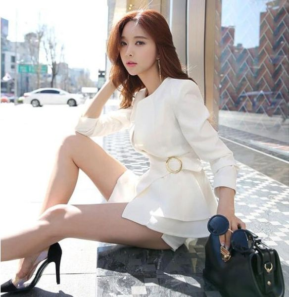 Fall Fashion Solid Ruffle Sleeve Short Business Coats