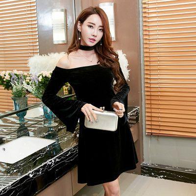 Boat Neck Flare Sleeve Black Short Dresses