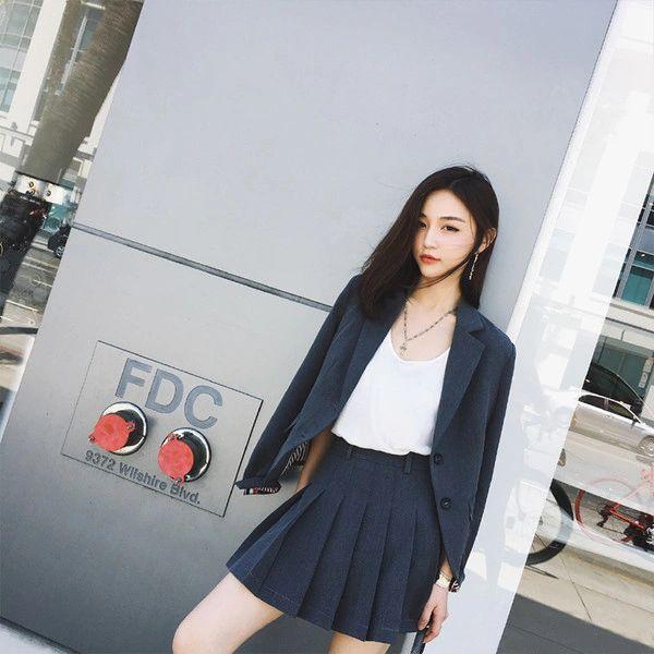 OL Look Cardigan Blazer With Ruffle Skirt Black Suits