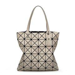 New Arrival Rhombus Pattern Zipper Handle Bag