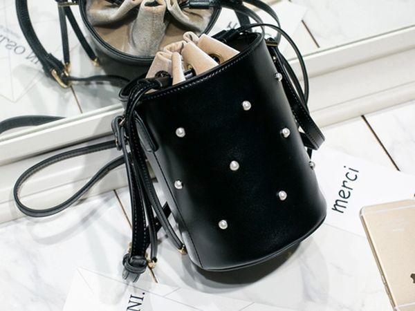 Solid Black Pearl Shoulder Bucket Bags