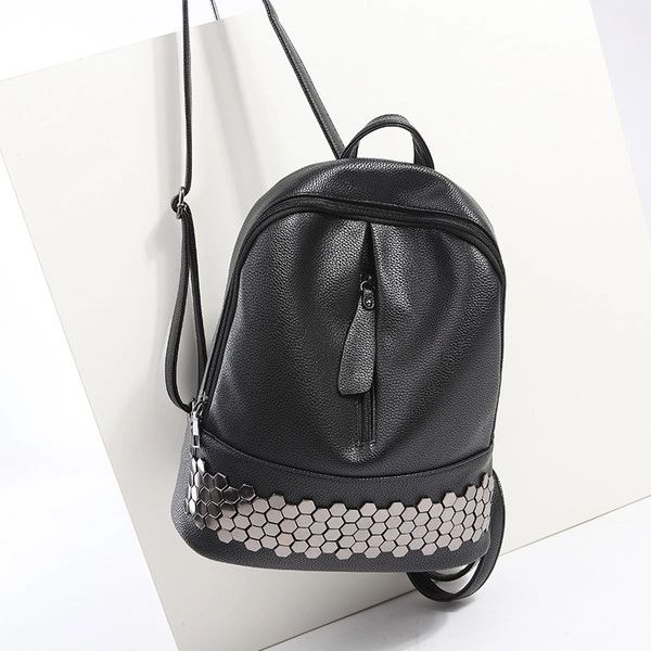 Outlet Fashion Rivets Casual Backpacks