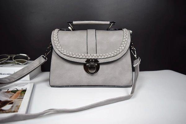 Korean Wholesale Weaving Edge Casual Handbags