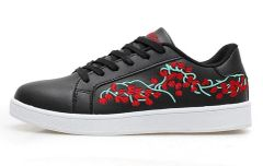 Embroidery Lace Up Couple Skate Shoes