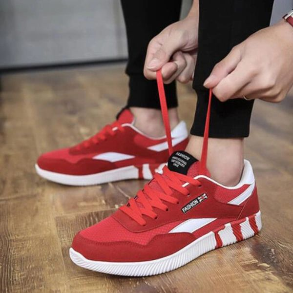Gauze Patch Lace Up Men Sport Shoes