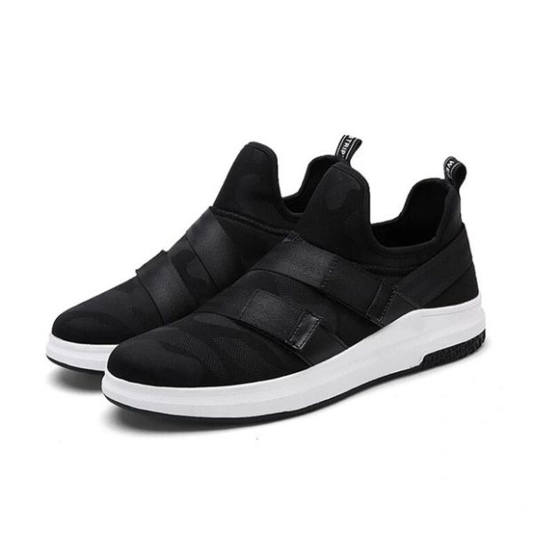 Casual Comfortable Slip On Men Sneakers