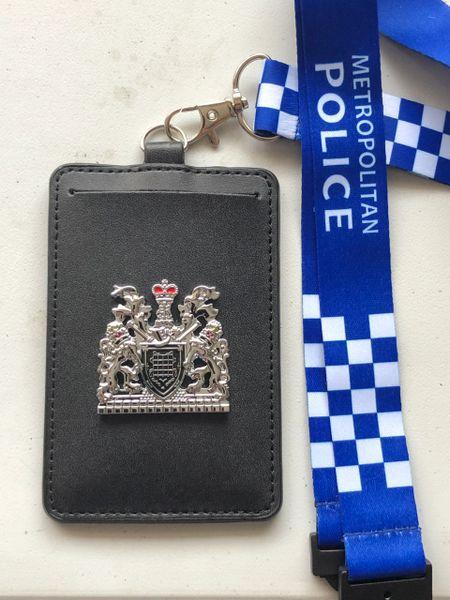 Metropolitan police badged card holder & lanyard
