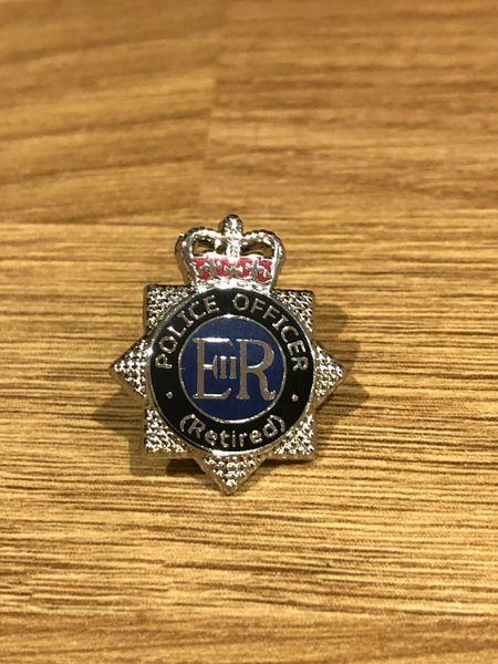 Retired Police Officer pin badge-25mm