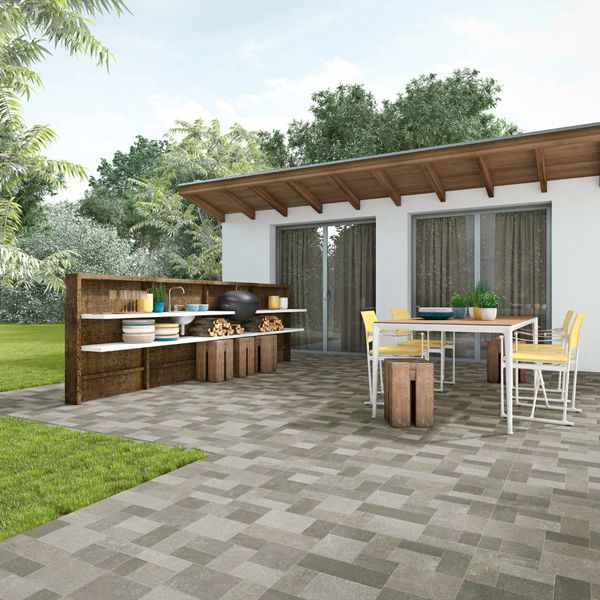DECORATIVE TILE IDEAS/PATIO