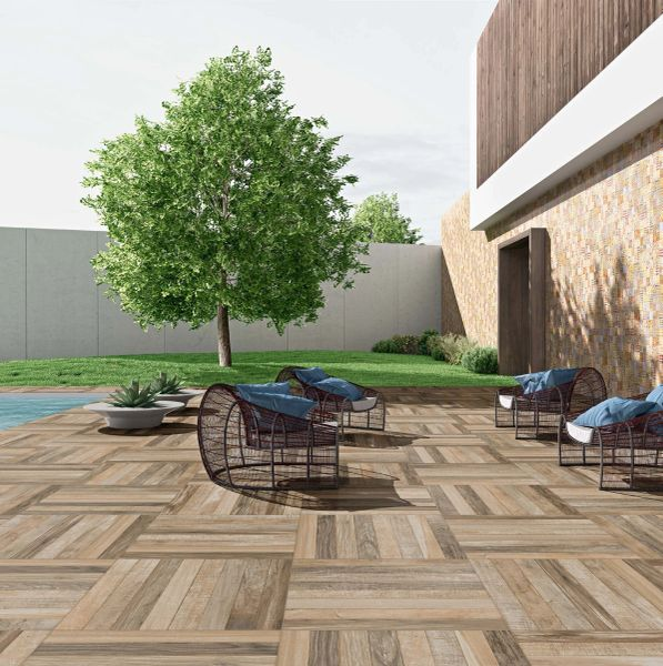 DECORATIVE TILE IDEAS/POOL