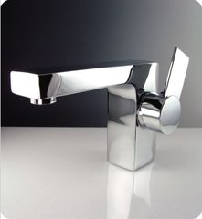 Isarus Single Hole Mount Bathroom Vanity Faucet - Chrome