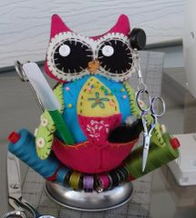 #182 Lil Hooties Pincushions Kit