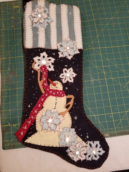 "#255 Snowflake D'Lights pattern ( makes 25"" long stocking )"