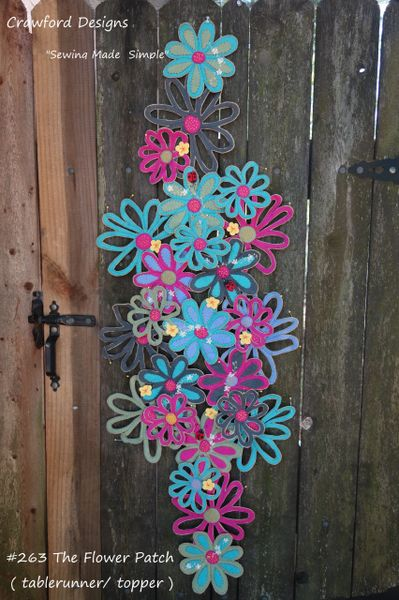 #263 The Flower Patch table topper / runner