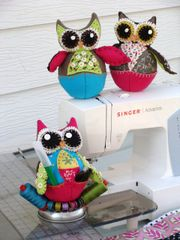 181 Lil' Hooties pincushion set of three owls patterns