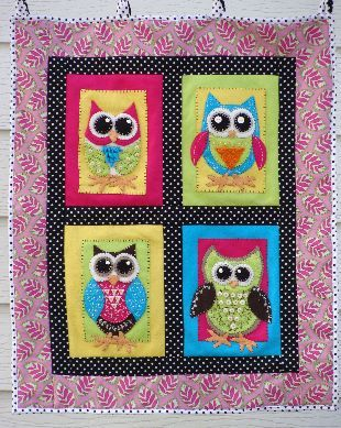 #181 Lil Hooties Wallhanging (applique)