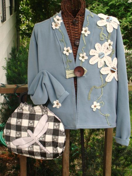 "#153 ""Tea in the Garden"" sweatshirt jacket ( includes purse pattern )"