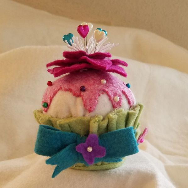 #237 Crowned Flower Cupcake Pincushion