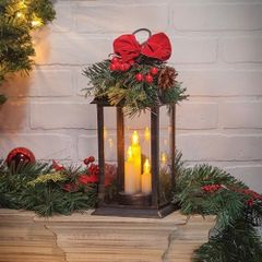 Christmas Lantern w/Greenery